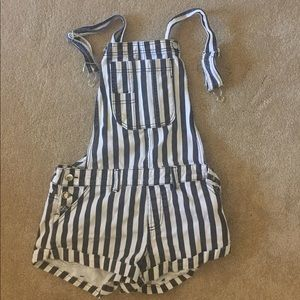 Striped overall shorts